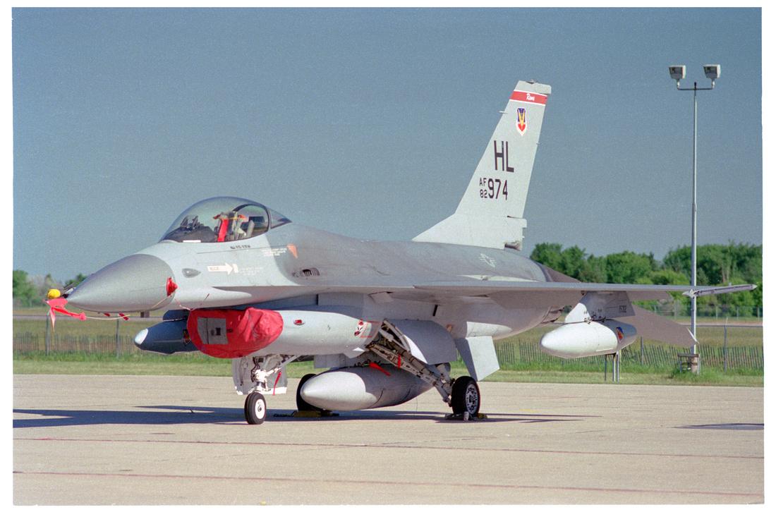 F-16A Falcon by Bob Nelson